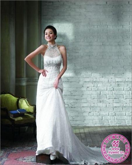 韩国女明星<font color=red>婚纱照</font>:<font color=red>韩孝珠</font>唯美婚纱写真-中国色